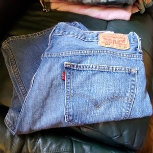 Great condition Levi's 569 36×30